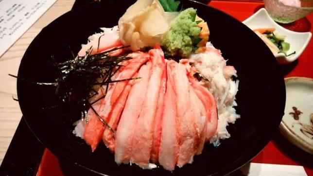 銀座「喜心」で北陸海鮮~蟹がたっぷりのズワイガニ丼御膳